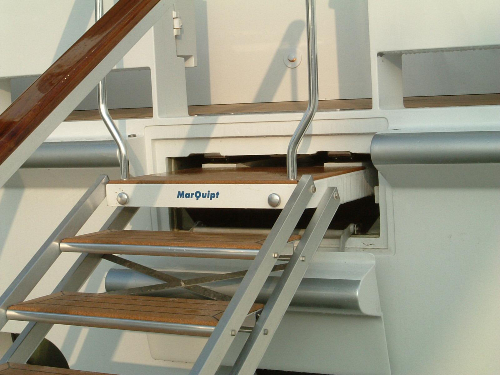 Sea Stair Box Enclosure